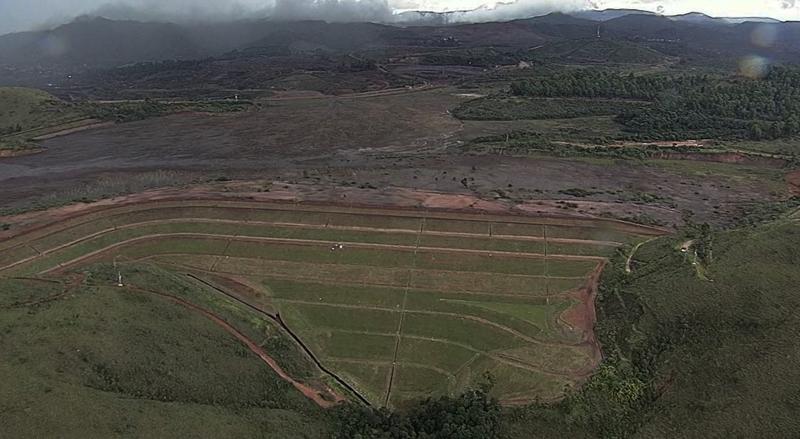 Três barragens da Vale, a B3/B4, em Macacos, e as Forquilhas 1 e 3, em Ouro Preto, continuam em alerta máximo para o risco de rompimento