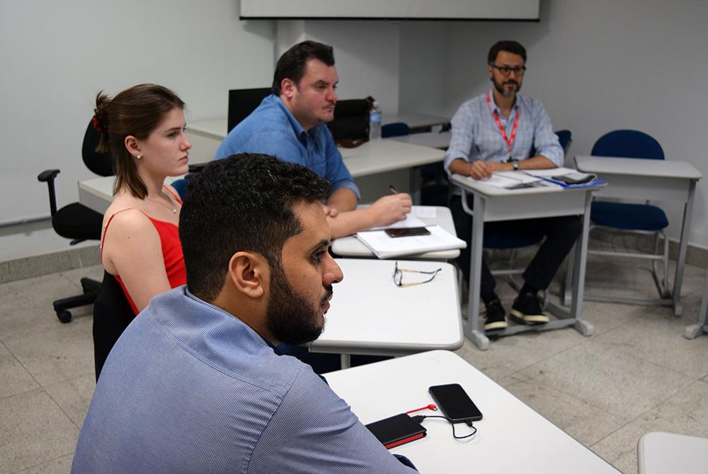 Participantes dos grupos Ética, Direitos Humanos e Pós-humanismo apresentam trabalhos na Dom Helder.
