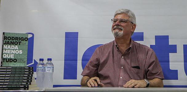 A decisão de Janot, que relatou o plano de eliminar Gilmar Mendes, ocorre em meio à saraivada de críticas recebidas após essa revelação. (Gabriela Biló/Estadão Conteúdo)