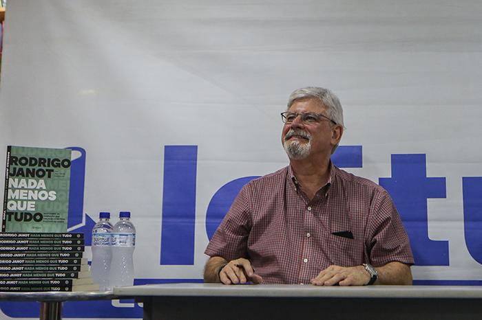 A decisão de Janot, que relatou o plano de eliminar Gilmar Mendes, ocorre em meio à saraivada de críticas recebidas após essa revelação.