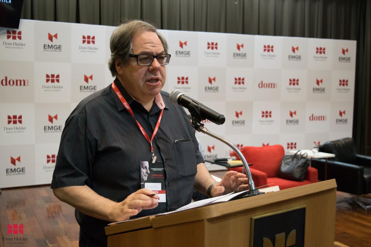Conferência 'Ética radical como fundamento da crítica da razão idolátrica', com Ricardo Timm de Souza (PUC-RS).