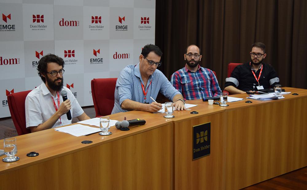 Diogo Villas Boas Aguiar, da Universidade Federal de Santa Maria (UFSM),  participa da conferência de encerramento.