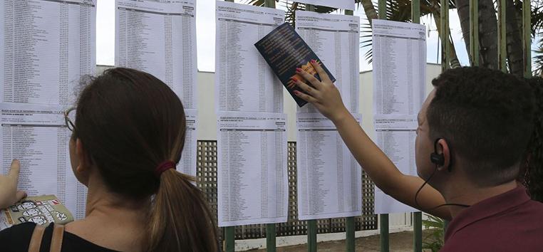 O presidente do Inep advertiu que candidatos devem tomar um cuidado redobrado com os aparelhos eletrônicos. (Agência Brasil)