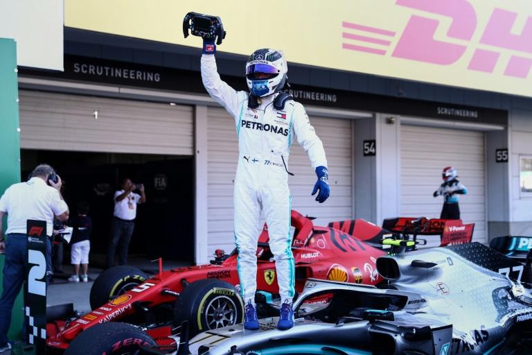 A Mercedes de Valtteri Bottas conquistou seu sexto título consecutivo de  construtores
