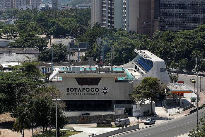 Tradicional, Botafogo vive grave crise financeira