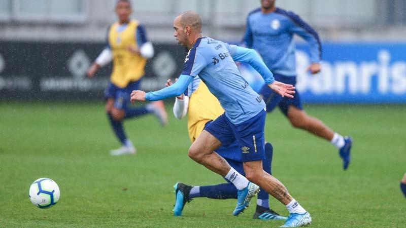 Atacante Tardelli pode voltar ao time do Grêmio no Brasileirão