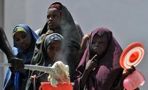 Os transtornos alimentares, na visão do papa, serão vencidos a partir da adoção de estilos de vida. (Tony Karumba/AFP)