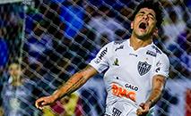 Luan fez um dos gols, mas Atlético comete os mesmos erros de sempre e compromete vitória. (Pei Fon / Raw Image / Gazeta Press)