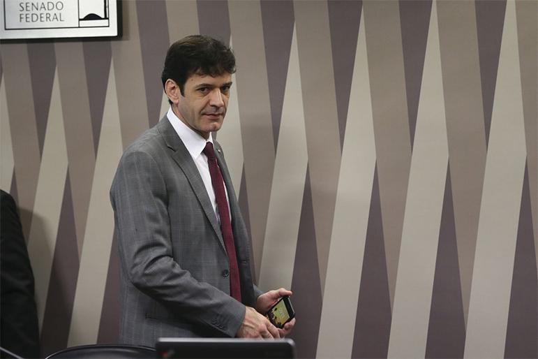 Marcelo Álvaro foi denunciado pelo Ministério Público eleitoral  pelo uso de candidaturas laranjas.