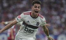 Reinier tem contrato com o rubro-negro até o fim de 2020 (Jarbas Oliveira/Allsports)