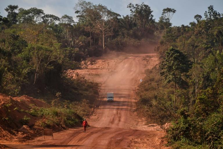 Caminhão na transamazônica perto de Itaituba, em 14 de setembro de 2019
