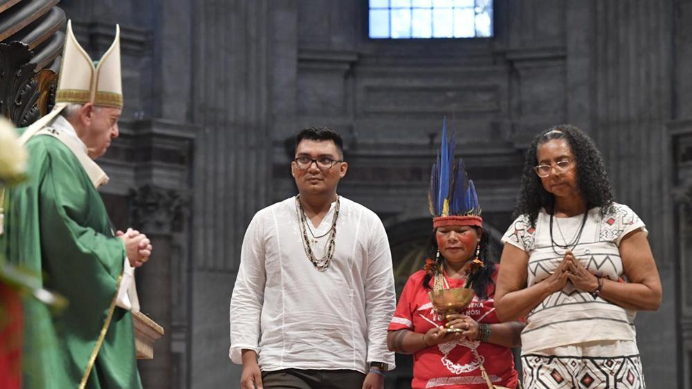 Foi-se discutido a possibilidade de haver um rito próprio para a região amazônica como acontece com as igreja orientais.