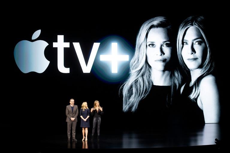 Os atores Steve Carell, Reese Witherspoon e Jennifer Aniston durante o lançamento da Apple TV+ na sede da companhia em Cupertino, Califórnia, em março de 2019