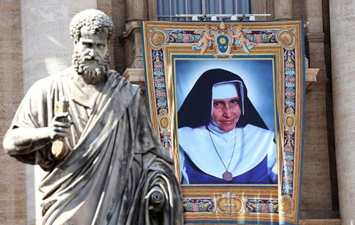 Irmã Dulce enxergava nos pobres o rosto sofredor de Jesus.