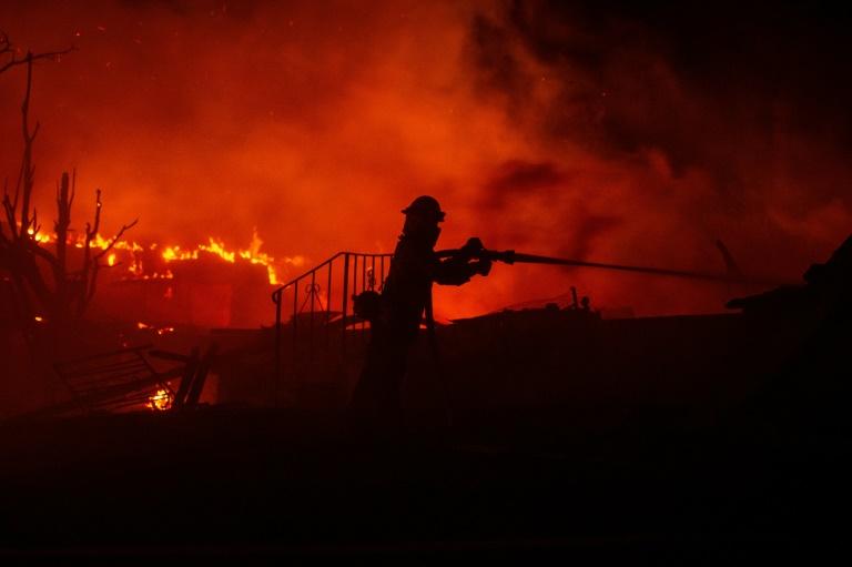 Famosos como Kim Kardashian já contrataram o serviço de bombeiros particulares