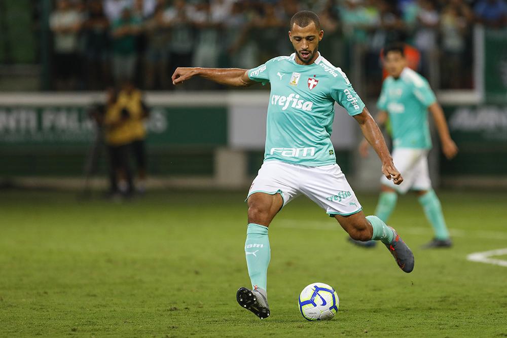 Vitor Hugo durante jogo entre Palmeiras x Ceará realizado no Allianz Parque