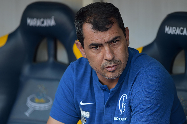 Carille foi demitido devido à queda do Timão na tabela do Campeonato Brasileiro