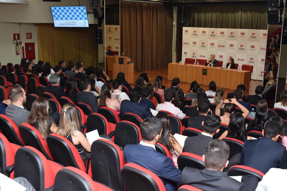 o evento conta com participantes de vários estados do Brasil