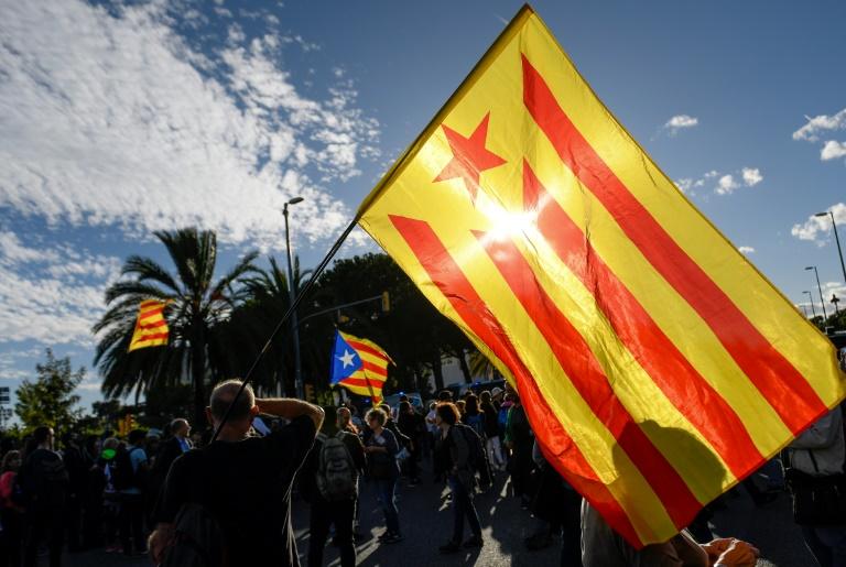 Assim como Barcelona e outras cidades catalãs, Girona foi palco de protestos pacíficos e de confrontos