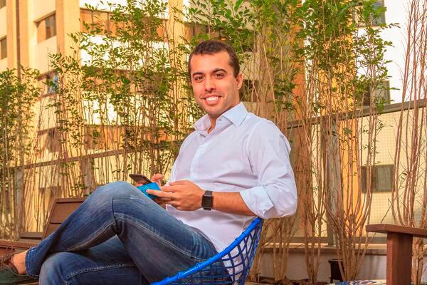 Pedro Conrad é o fundador e CEO da Neon