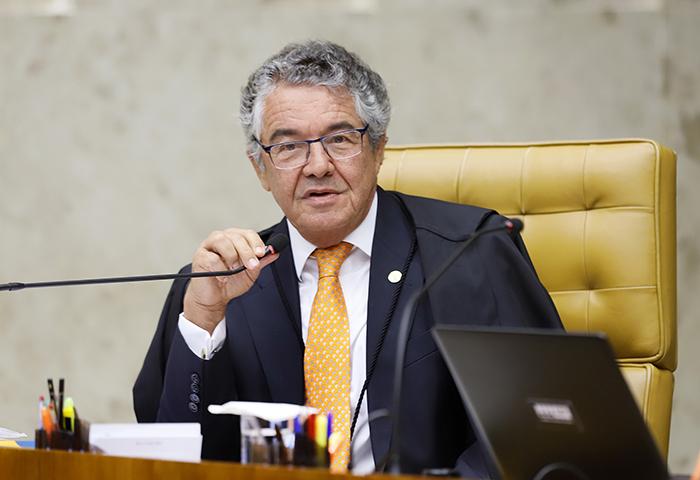 Marco Aurélio afirmou que não cabe PEC e