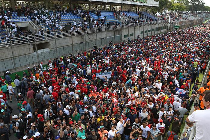 O autódromo de Interlagos, em São Paulo, recebeu 158.213 pessoas nos três dias do evento