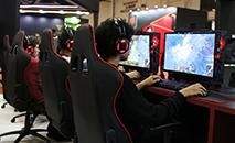 Quanto mais tempo jogando videogames, mais graves são os efeitos na vida dos jogadores (Rovena Rosa/Agência Brasil)