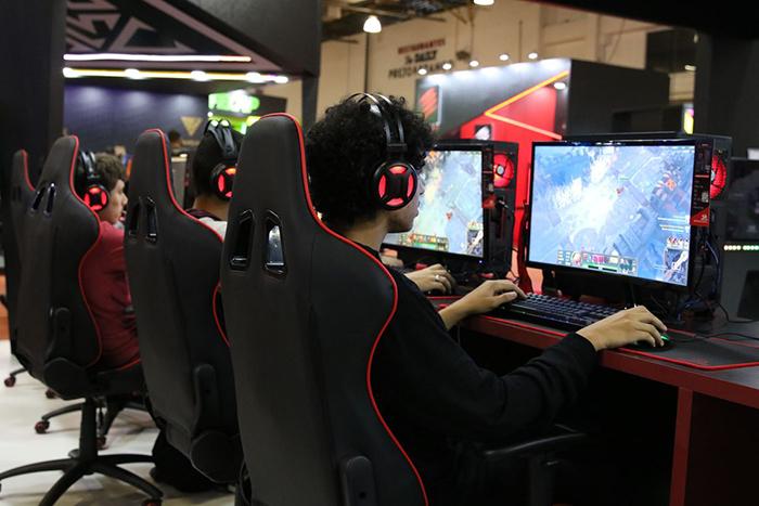 Quanto mais tempo jogando videogames, mais graves são os efeitos na vida dos jogadores