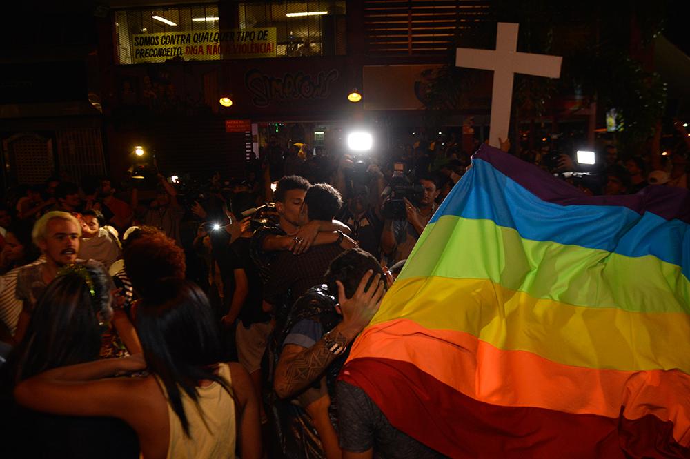 Durante o processo, o Ministério Público sustentou que o crime tinha sido motivado por homofobia, pois a mãe não aceitava a condição do filho de ser homossexual