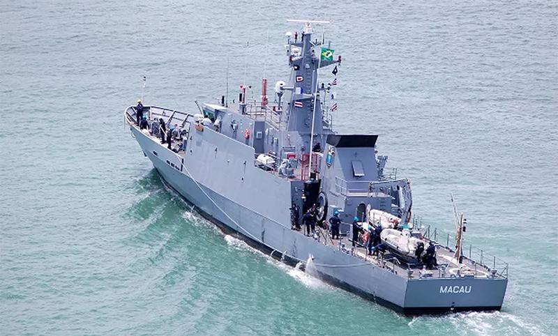 Navio-Patrulha Macau é utilizado para buscas e resgate de náufragos na costa brasileira