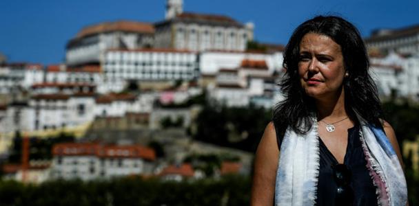 Liliana Inverno, professorad e linguística, em Coimbra, Portugal. (AFP)
