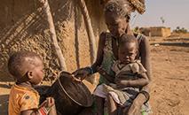 """Uma """"multiplicação de crises alimentares"""" deve ser temida em diferentes partes do mundo, sob o efeito de vários fatores simultâneos, demográficos, ambientais, climáticos e financeiros (AFP)"""