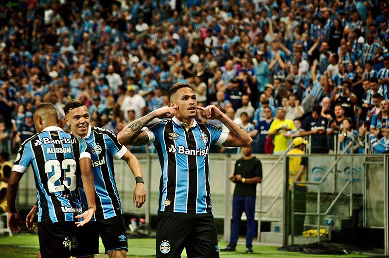 Grêmio decidiu o jogo em poucos minutos e disputará mais uma fase de grupos da Copa Libertadores