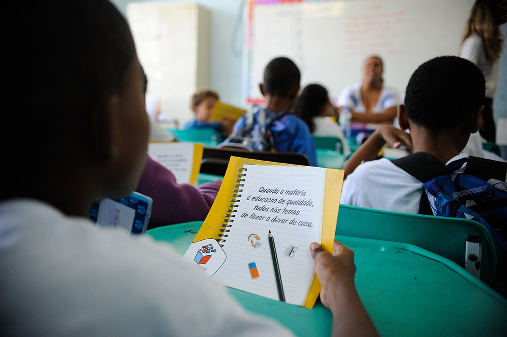 A nota geral do Brasil está entre as mais baixas do mundo nas três áreas avaliadas, Leitura, Matemática e Ciência