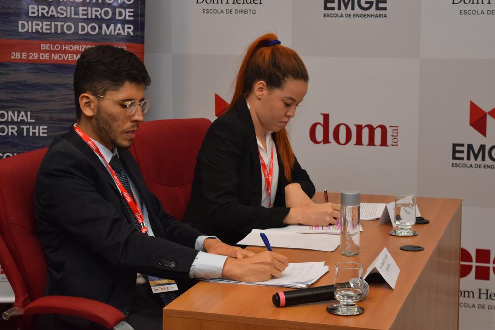 Oradores durante o simulado internacional do Direito do Mar