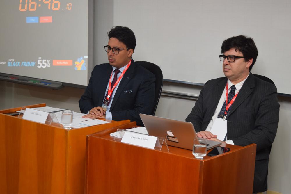 Juizes que fizeram parte do tribunal de simulação internacional do Direito do Mar