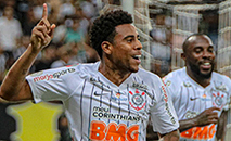 Cruzeirenses vibraram com o gol de Gustavo Henrique do Corinthians (Ronaldo Oliveira / Photo Premium/Gazeta Press)