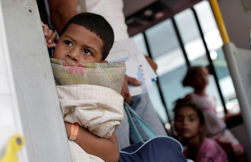 Menino venezuelano refugiado chega a abrigo em Manaus 04/05/2019
