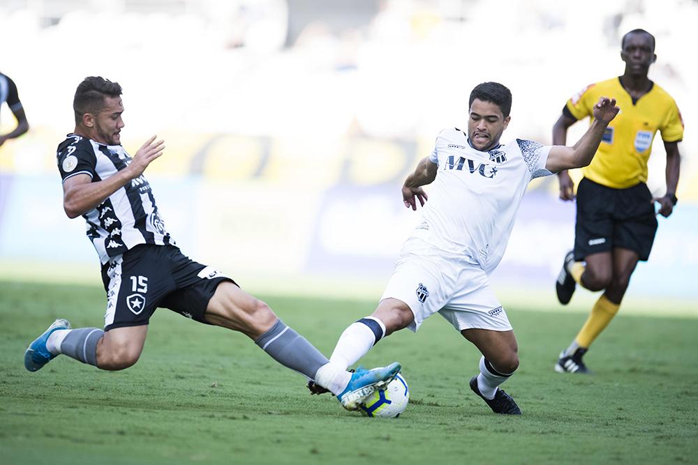 Jean e Felipe Silva empatam no Brasileiro