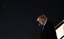 Presidente dos EUA, Donald Trump corre risco de sofrer processo de impeachment (AFP)