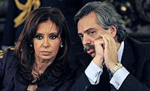 O presidente brasileiro fez diversas críticas a Fernández, que respondeu às primeiras falas de Bolsonaro, mas depois passou a ignorá-las (Daniel Garcia/AFP)
