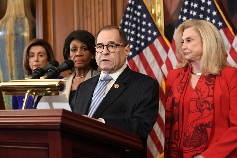 O presidente do Comitê Judicial da Câmara de Representantes, Jerry Nadler, anuncia as acusações contra o presidente dos  Estados Unidos, Donald Trump, em Washington, no dia 10 de dezembro de 2019.