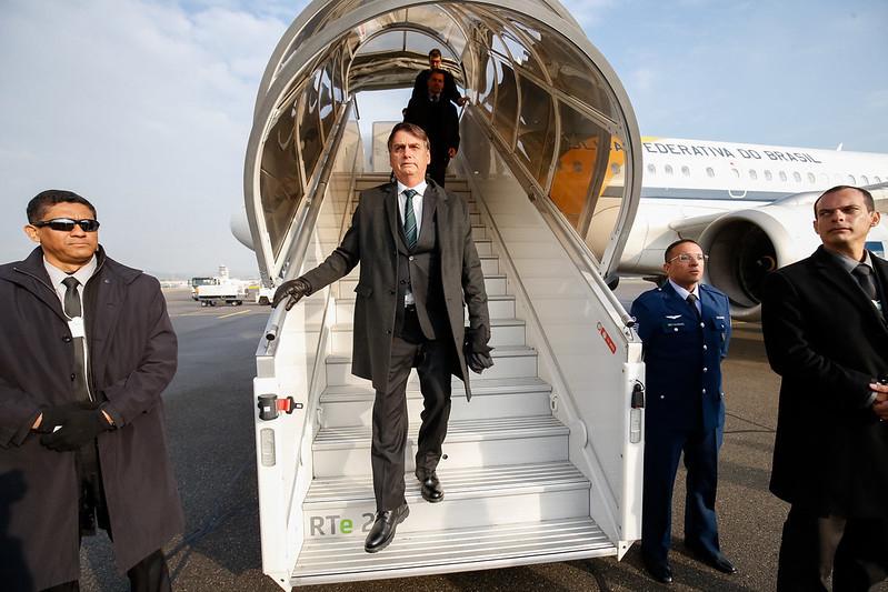 Bolsonaro visitou vários países com dinheiro público