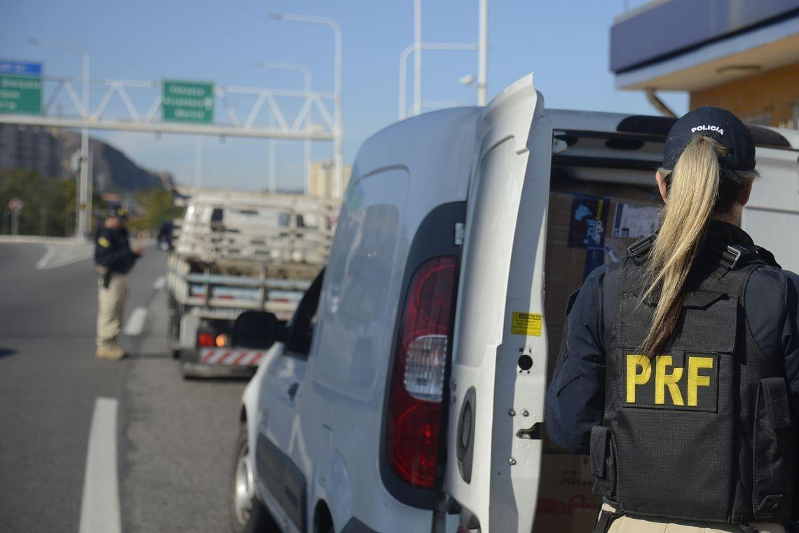 Cerca de 134 mil veículos foram fiscalizados durante a operação da PRF