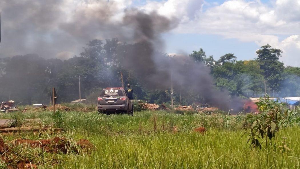 Cenário de guerra: novamente, conflito deixa feridos nas retomadas próximas à Reserva Indígena de Dourados, no Mato Grosso do Sul.