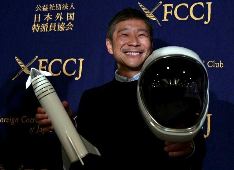 Extravagante empresário japonês Yusaku Maezawa busca companhia feminina para ir à Lua