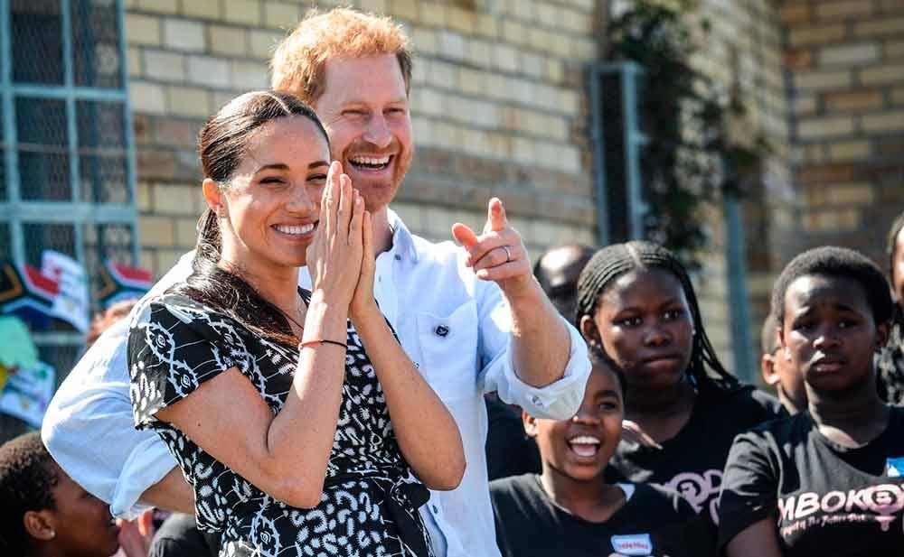 Os duques de Sussex querem abdicar de seus títulos de nobreza e se mudar da Inglaterra