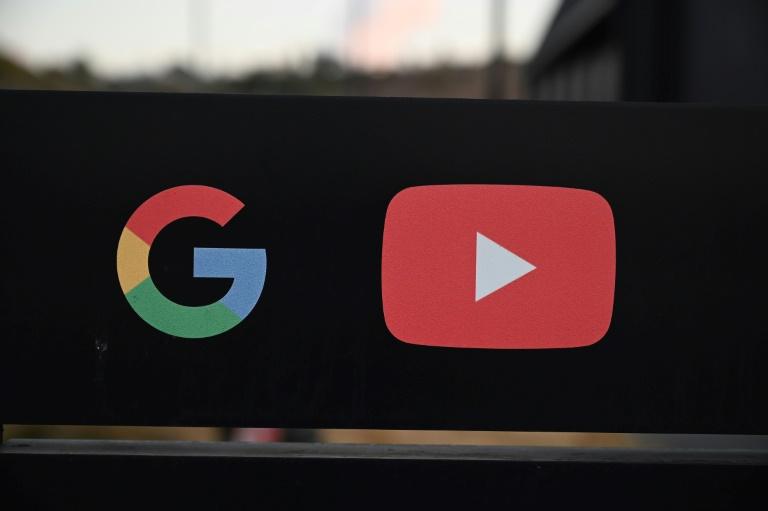 YouTube nega acusação de ONG sobre orientar usuários para vídeos que negam a crise climática