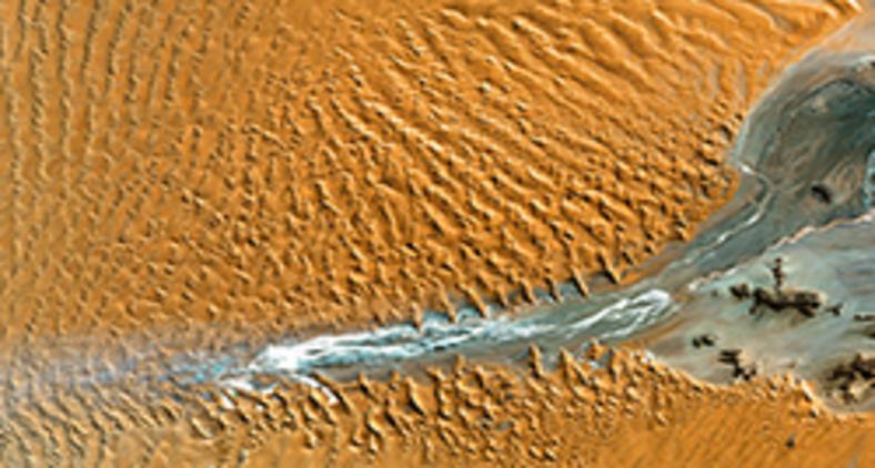 Dunas do Parque Nacional Namib-Naukluft fotografadas do espaço (Nasa)