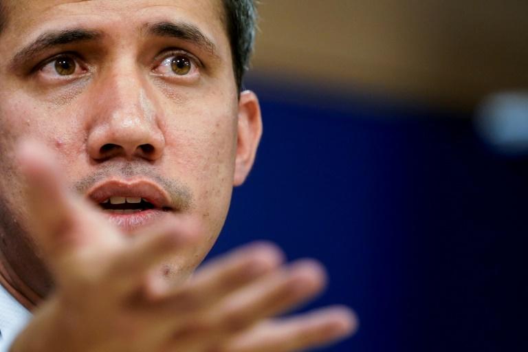 Opositor venezuelano Juan Guaidó, em entrevista coletiva no Parlamento Europeu, em Bruxelas, em 22 de janeiro de 2020
